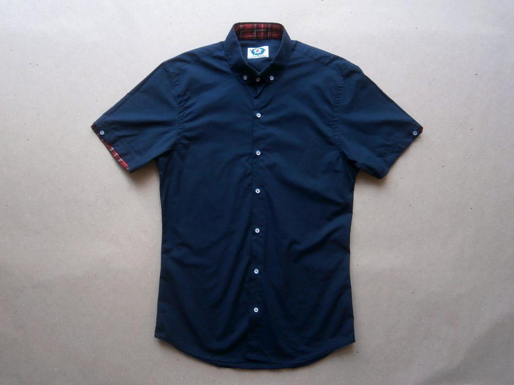 XS/S . Madcap . tmavě modrá košile s bílými knoflíčky