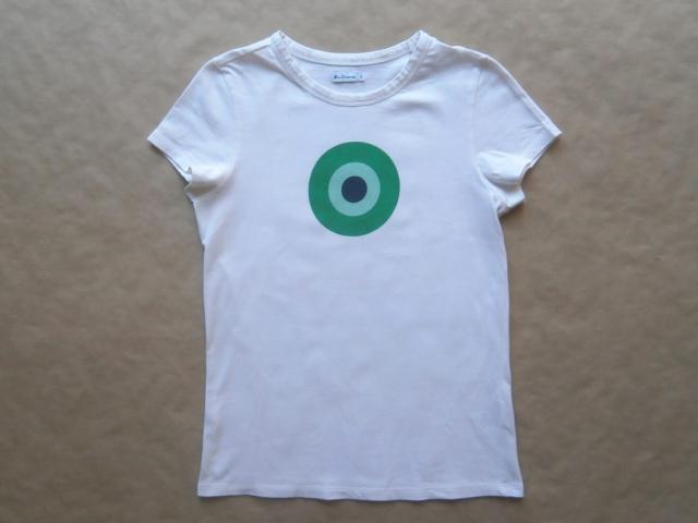 S . Ben Sherman . krémové tričko se zeleno-modrým terčem