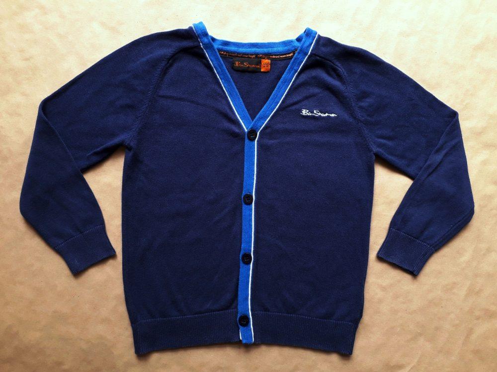 6–7 let . Ben Sherman . tmavě modrý cardigan s bílo-modrým proužkem