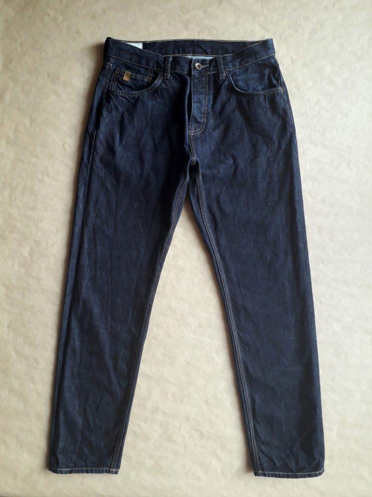 32/32 . Ben Sherman . tmavě modré džíny