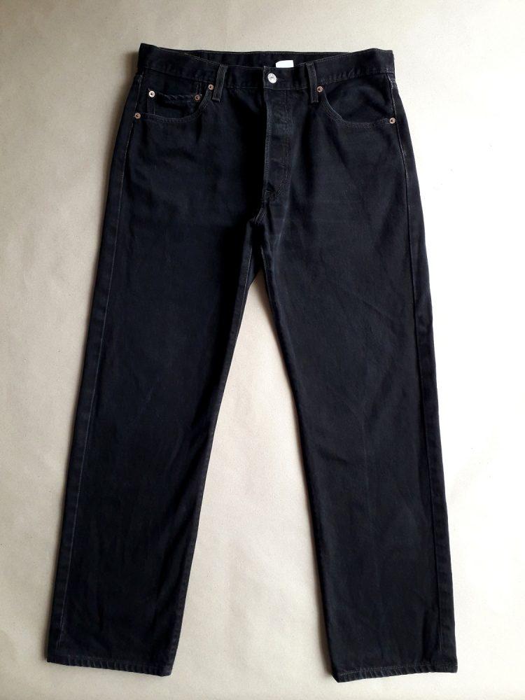 36/32 . Levi's . černé džíny 501