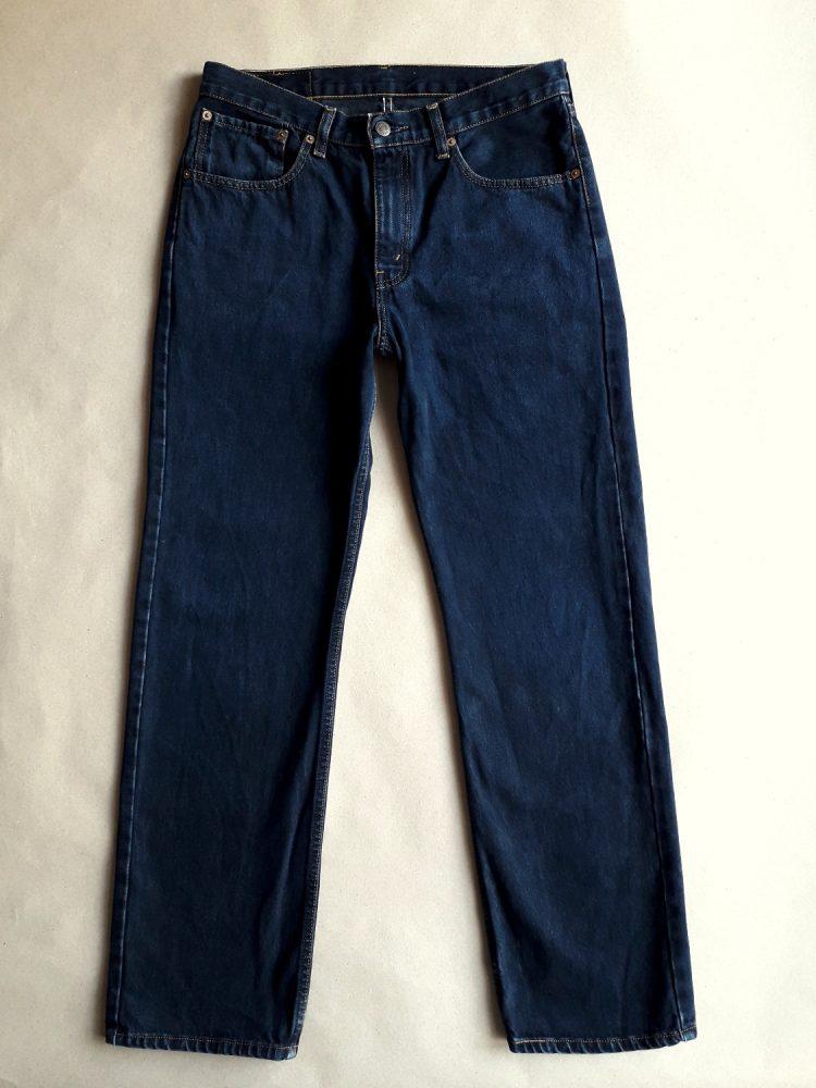 32/32 . Levi's . tmavě modré džíny 751