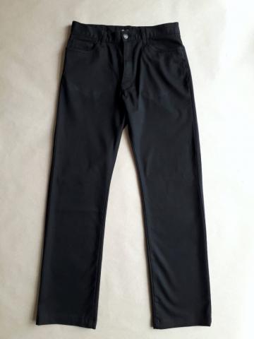 30/32 . Ben Sherman . černé kalhoty