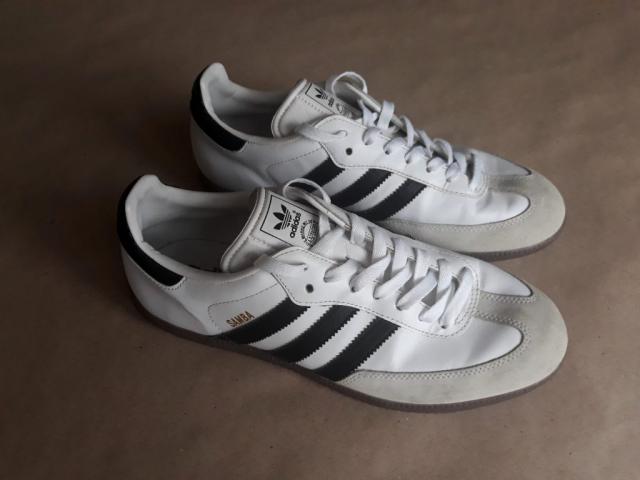 44 . Adidas . černo-bílé tenisky Samba