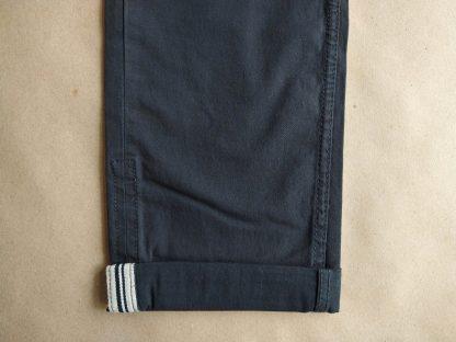31/32 . Ben Sherman . světlejší černé chino kalhoty