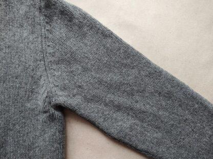L . Lyle & Scott . teplý šedý cardigan
