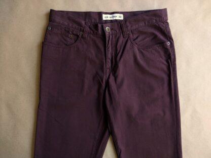 29/34 . Ben Sherman . hnědovínové kalhoty