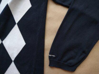 L . Ben Sherman . bílo-černý károvaný svetr