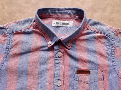 4–5 let . Ben Sherman . světle červená a modrá pruhovaná košile