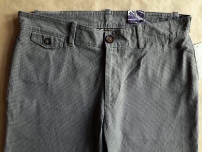 31 . Original Penguin . šedé jemně kostkované kalhoty