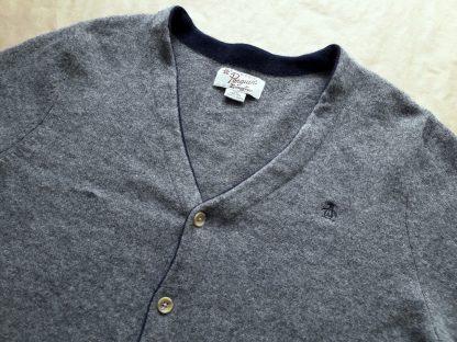 XL . Original Penguin . šedý cardigan s tmavě modrými detaily