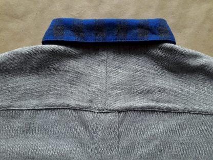 XS . Fred Perry . šedé polo s modrým kostkovaným límečkem