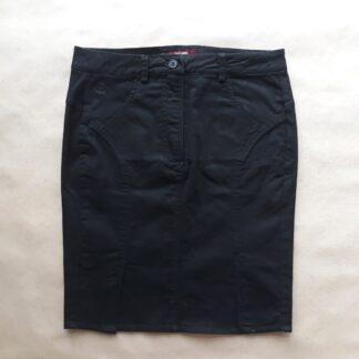 S . Merc . černá pouzdrová sukně