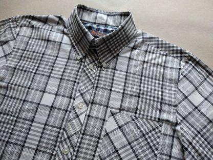 L . Ben Sherman . šedo-bílá kostkovaná košile
