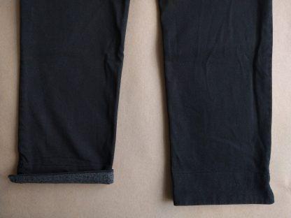 40 . Fred Perry . černé kalhoty Amy Winehouse