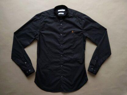 S . Farah . černá košile se stojáčkem