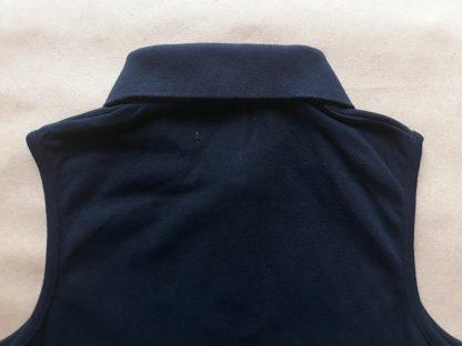 40 . Fred Perry . tmavě modré polo bez rukávů