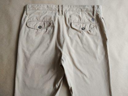32 . Original Penguin . béžové kalhoty