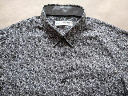 S . Ben Sherman . šedá košile s černými a krémovými kytkami