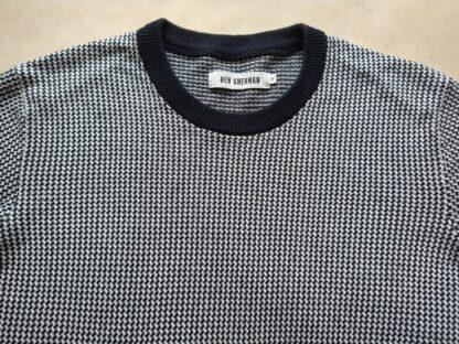 XS . Ben Sherman . černo-bílý svetr