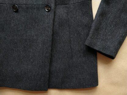 L . Ben Sherman . dámský šedo-černý kabát se vzorem rybí kosti
