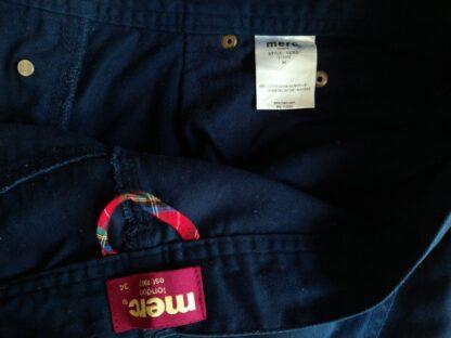 33–34 . Merc . modré kalhoty