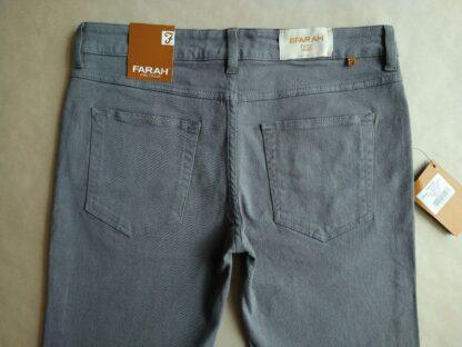 32/32 . Farah . úzké šedé džíny